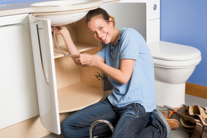 Fix It Yourself or Find a Pro: The Homeowners' Guide to Home Improvement