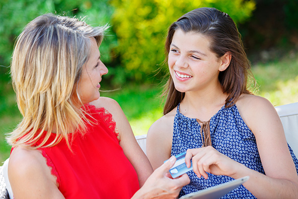 Kids and Cards – Creating Credit-Capable Students